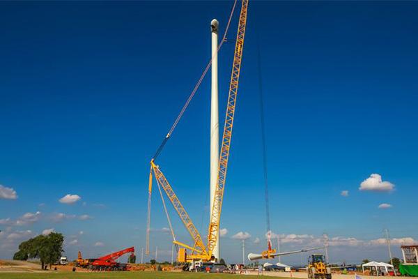 The highest wind turbine in Asia.
